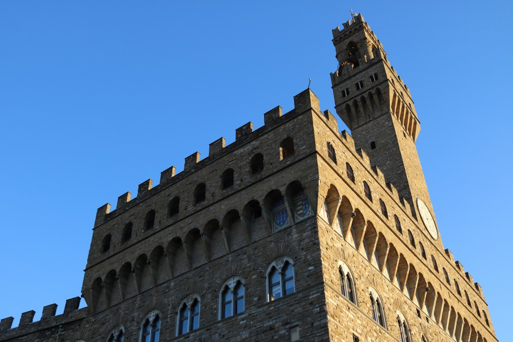 The top and tower of the Palazzo Vecchio - too big to fit on my camera